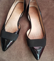 prodajem cipelice