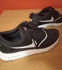 Nike Thea 38.5