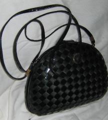 torbica tvrda