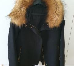 Zara crni kaput sa bundicom