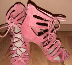 Roze štikle
