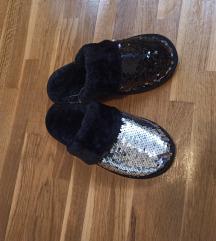 Nove papuce s ljuskicama vel 36/37