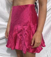 Nova satinirana fuksija suknja