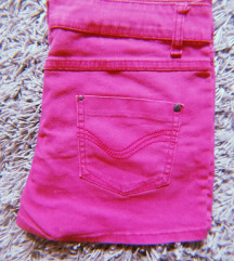 Roze kratke hlače