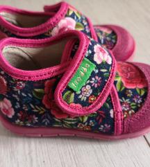 Nikad hodano! Froddo papučice br. 18