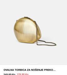 TRAŽIM zara ovalna torbica