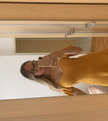 Zuta haljina Bershka