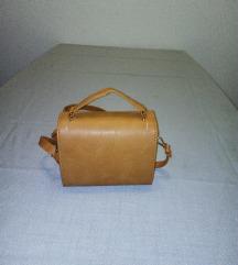 Mala torbica, boje konjaka