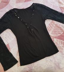 Crna majica sa čipka rukavima💜💜