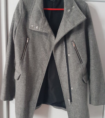 Bershka sivi kaput M 💥 AKCIJA 100