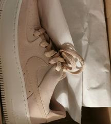 Nike Air Force sage roze