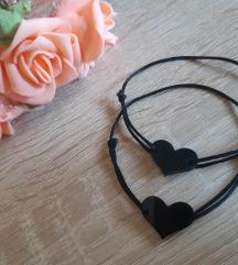 Crne narukvice srce
