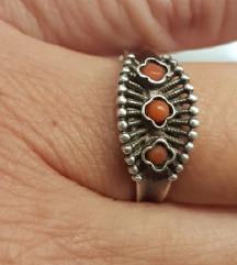 Antikni prsten srebro UKLJ PT