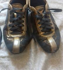 Nike zlatne 38,5, ug 24,5