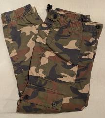 Camouflage hlace