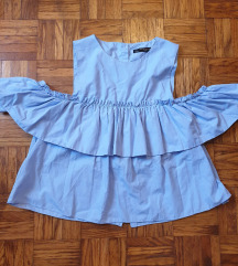 Zara cold shoulder top (55 kn)