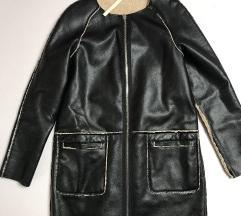 Stradivarius reversible jakna