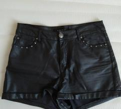 Kratke kožne hlače