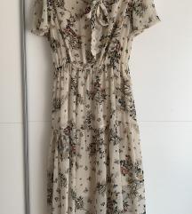 Cvjetna haljina na vezanje oko vrata