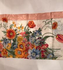 ženska svilena marama