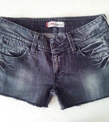 ► LEVIS ‒ traper kratke hlačice