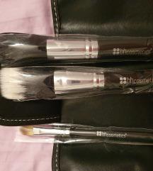 NOVO bh Cosmetics putni set od 3 kistica