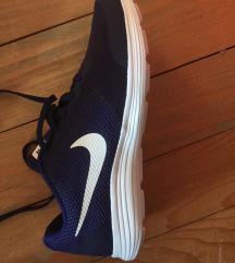 Nike tenisice, 38,5