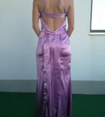 Duga svečana haljina sa otvorenim leđima