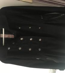 Bershka crni kaput