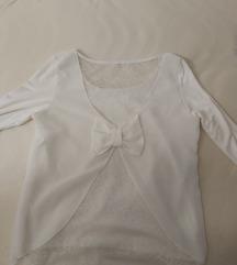 bijela bluza sa mašnom