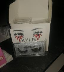 Kylie trepavice 12 komada u paketu