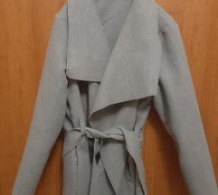 AKCIJA Sivi kaputić