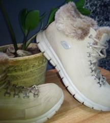 SADA 200 KN!!Skechers flex elite zimske čizmice
