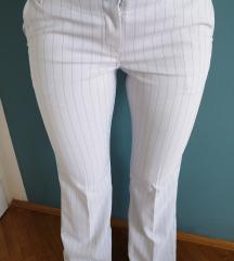 Bijele hlače 38