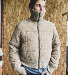 Pamučna bež kratka jakna