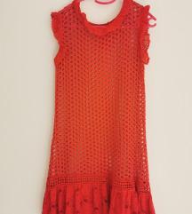 Crvena pletena haljina za plažu