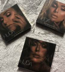 Huda Beauty Highlighter