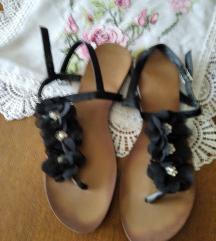 Ravne sandale 42