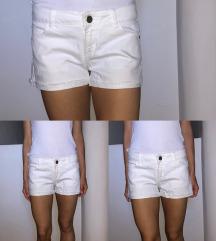 Bijele kratke hlačice (pt uklj)