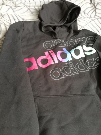 Adidas majica sa kapuljacom 10/12god.