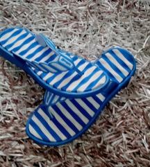 Plavo bijele prugaste japanke