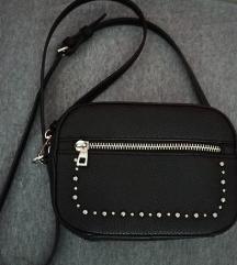 Zara torbica sa postarinom