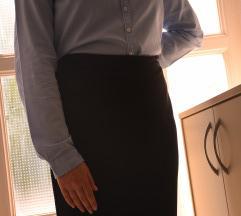 crna suknja ispod koljena