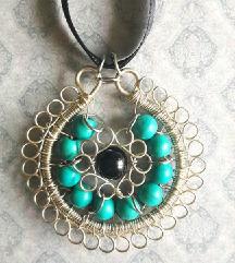 Unikatna ogrlica od žice i tirkiza