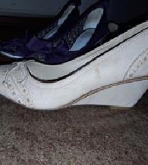 Nove cipke na punu petu, 38 br
