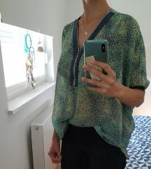 Vesela neobična bluzica