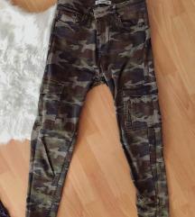 Pull&Bear vojničke hlače