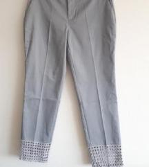 Nenošene zara hlače s vezenim detaljima