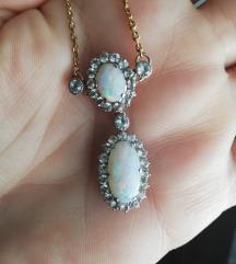 Ogrlica s opalima i safirima