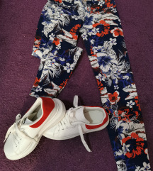 Tenisice i hlače